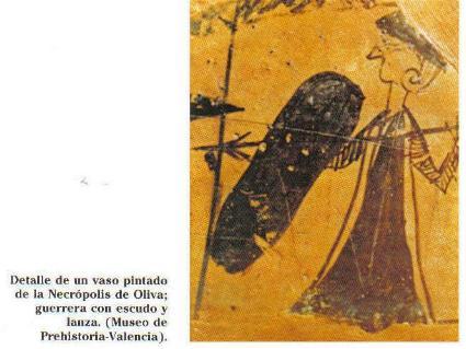 La imagen que se distingue en el vaso de la Necrópolis de Oliva muestra claramente que se trata de una mujer por la vestimenta y los rasgos físicos