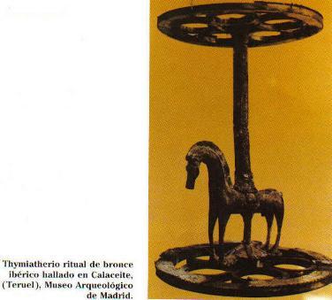 Hallado en Calaceite(Teruel), Museo Arqueológico de Madrid. Los pebeteros son utensilios en los que se quemaban perfumes; los íberos los hacían de cerámica o de bronce.